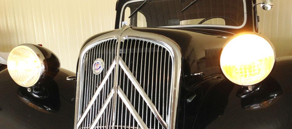 gardien-voiture-ancienne-paris